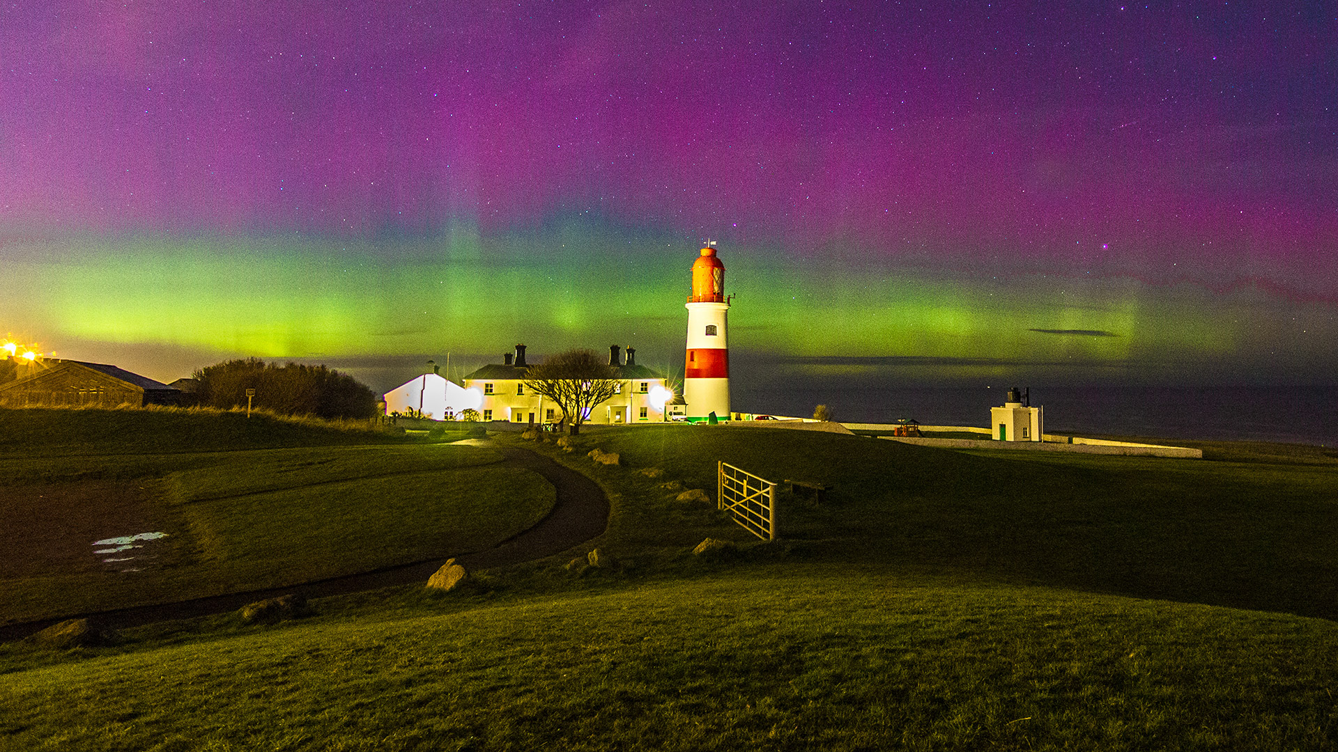 Souter Lighthouse (w/ Northern Lights)